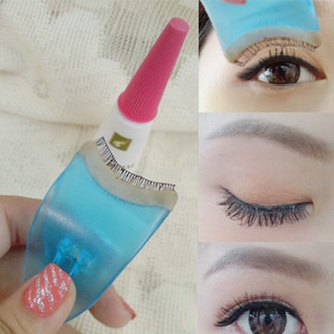 Must Have Fake Eyelashes Support Tools