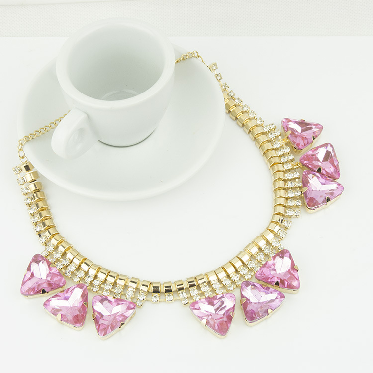 Elegant Luxury Diamond Short Necklace PINK