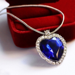 Classic Celebrity Love Necklace Heart Necklace BLUE