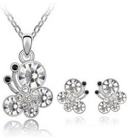 Austria Splendour Butterfly Necklace Earrings Gift Set