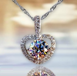 Solpresa Heart Shaped Valentines Day Diamond Necklace