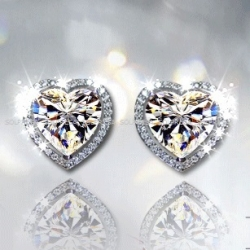 SOLPRESA AUSTRIAN CRYSTAL DIAMOND STUD EARRINGS