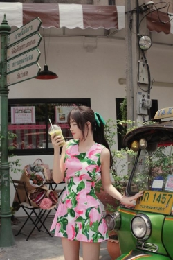 PRE-LOVE SUMMER SWEET FLORAL SLEEVELESS DRESS